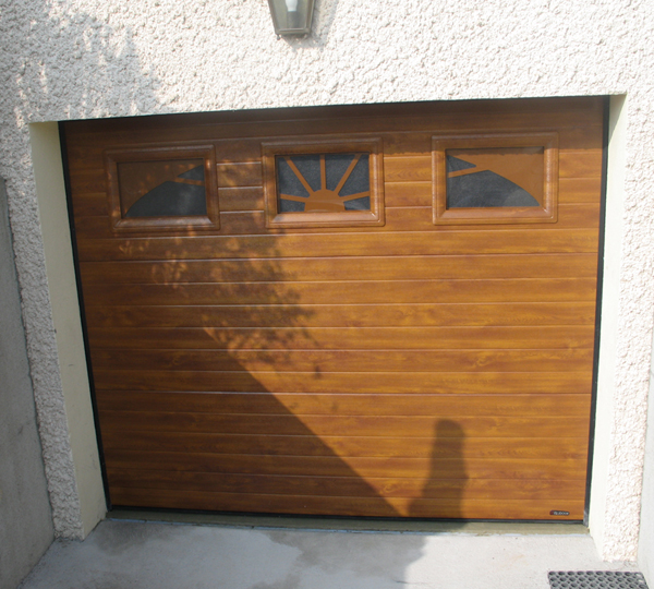 Porte de garage automatisée
